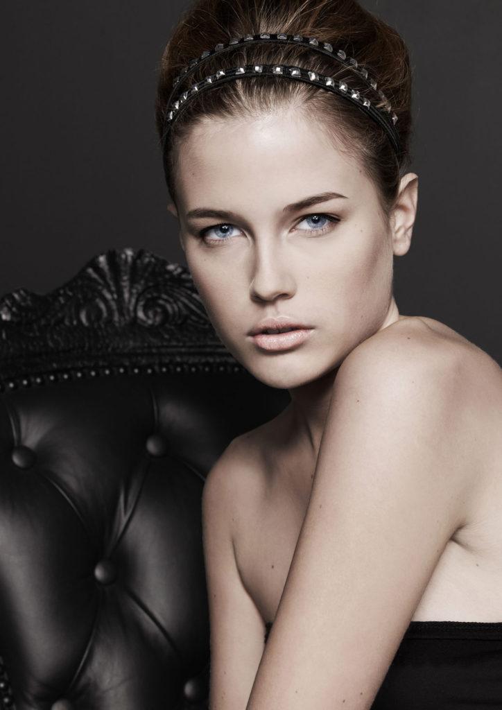Josephssons, modellfoto, smink, accessoarer, ljussättning, färgställning, Grafia